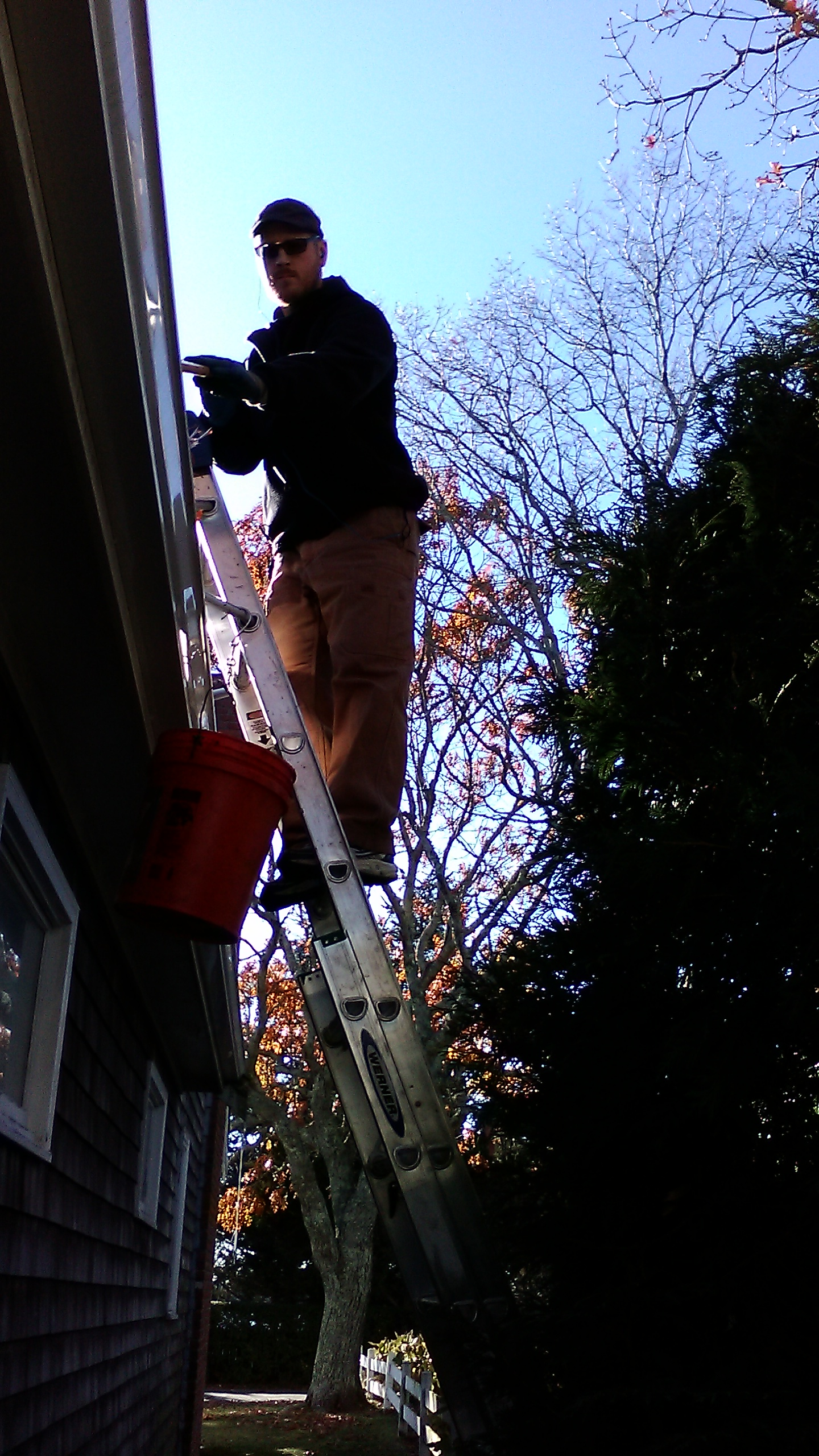 Gutter cleaning, Marion Ma