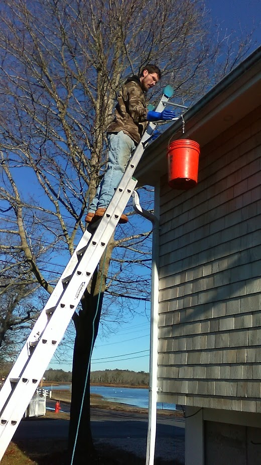 Gutter cleaning in Onset, Ma
