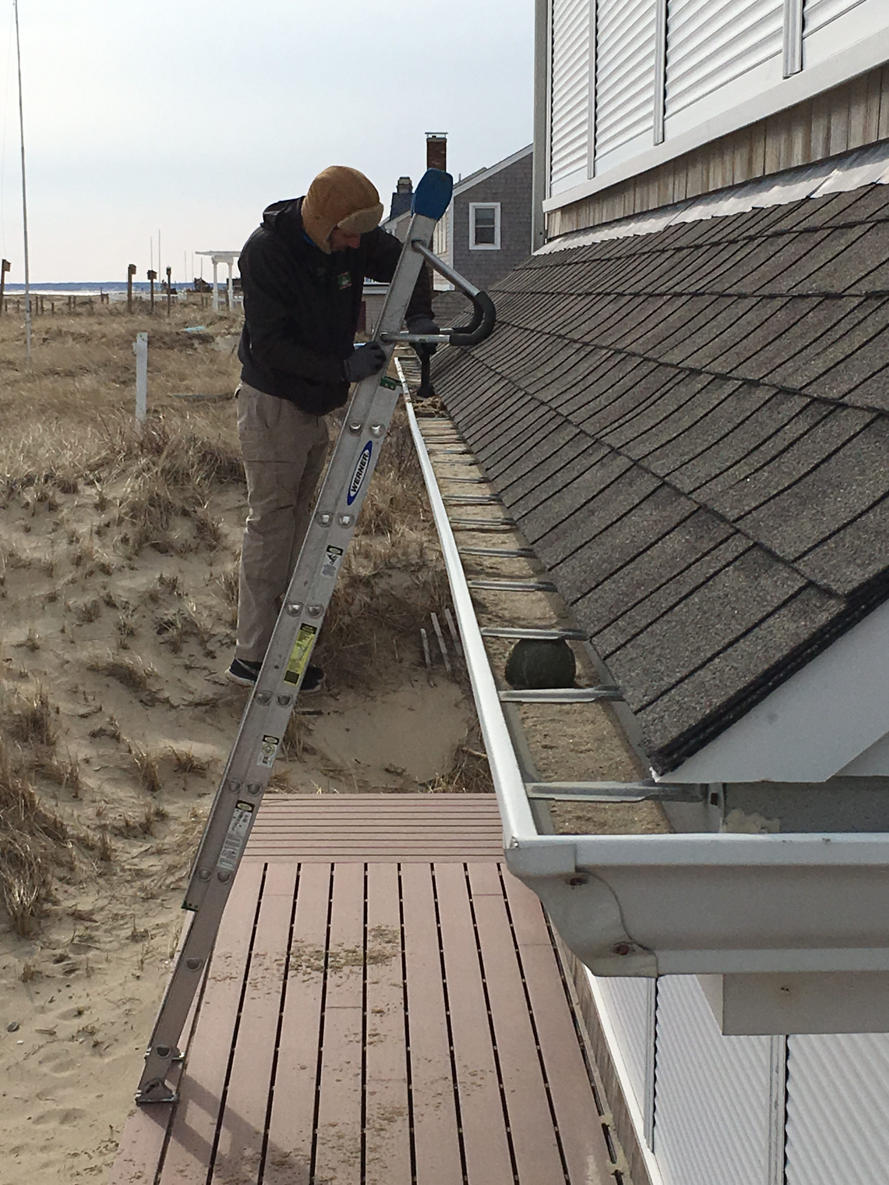 Cape Cod gutter cleaning