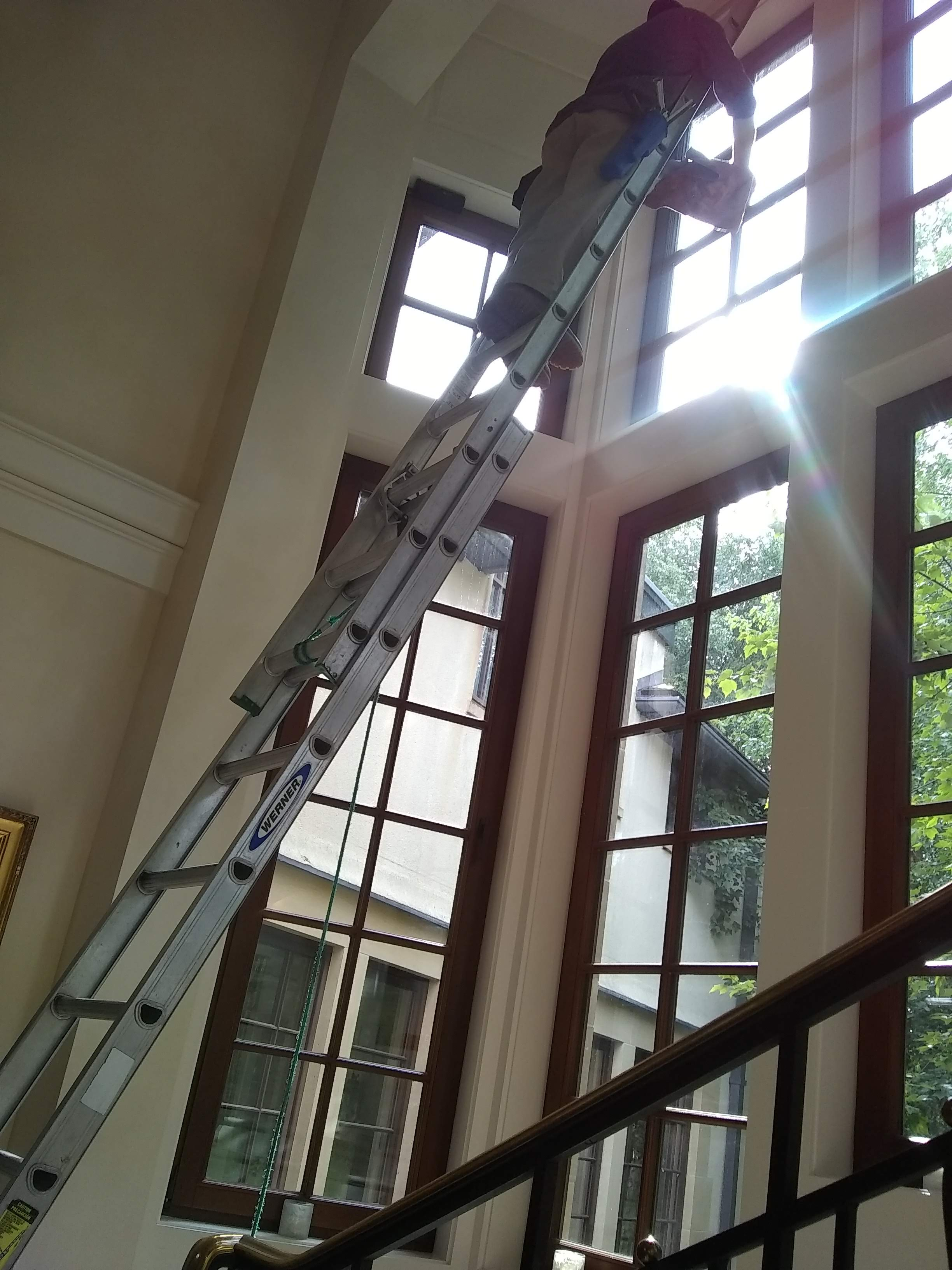 high interior window cleaning